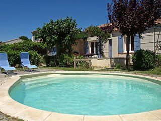 3 bedroom Villa in Oppede, Provence, France : ref 2162741