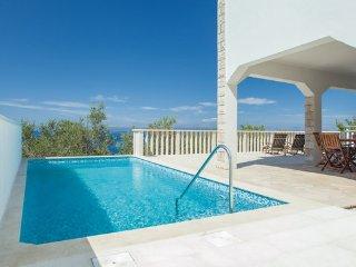 2 bedroom Villa in Korcula-Prigradica, Island Of Korcula, Croatia : ref 2183512