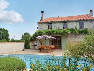 3 bedroom Villa in St.Simon de Pellouaill, Charente Maritime, France : ref