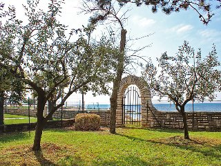 2 bedroom Villa in Umag, Istria, Croatia : ref 2214086