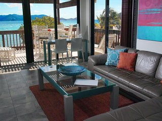 Glass House on the Sea - Private Corner End Suite -Sapphire Beach St. Thomas, VI