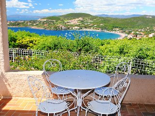 3 bedroom Villa in Anthéor, Provence-Alpes-Côte d'Azur, France : ref 5699884