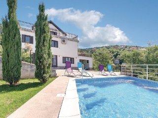 5 bedroom Villa in Crikvenica-Hreljin, Crikvenica, Croatia : ref 2219227