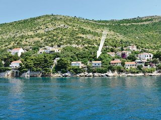 2 bedroom Villa in Dubrovnik-Lozica, Dubrovnik Riviera, Croatia : ref 2219268