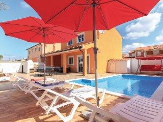 2 bedroom Villa in Barbariga-Betiga, Barbariga, Croatia : ref 2219649