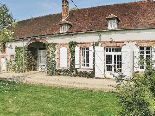 5 bedroom Villa in Les Croutes, Aube, France : ref 2220133