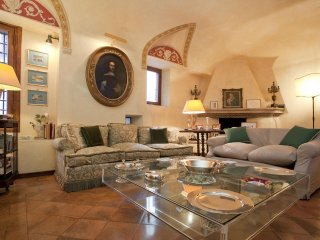 Piazza Navona. Rome,   'Il Magnifico' Palace Residence , Sleeps 10,