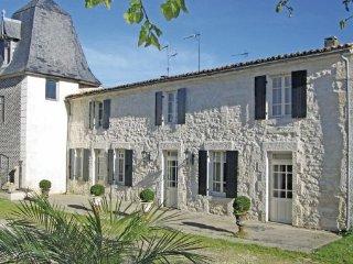 2 bedroom Villa in Beurlay, Charente Maritime, France : ref 2220548