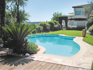 2 bedroom Apartment in Placassier, Alpes Maritimes, France : ref 2220995