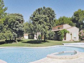 3 bedroom Villa in Saumane, Vaucluse, France : ref 2221029
