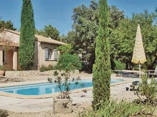 3 bedroom Villa in Les Barrys / Puget sur Durance, Vaucluse, France : ref