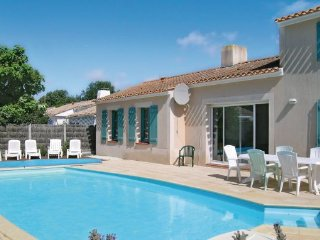 4 bedroom Villa in St. Jean de Monts, Vendee, France : ref 2221094, Saint-Jean-de-Monts