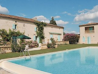 3 bedroom Villa in St.Quentin de Caplong, Gironde, France : ref 2221134