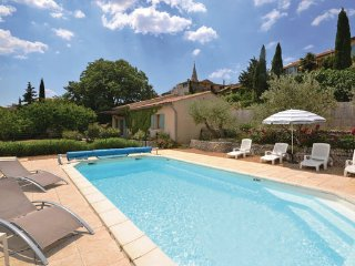 2 bedroom Villa in St. Saturnin-les-Apt, Vaucluse, France : ref 2221181