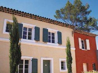 3 bedroom Apartment in Fayence, Var, France : ref 2221396