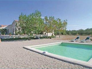 3 bedroom Villa in St Gilles, Gard, France : ref 2221596