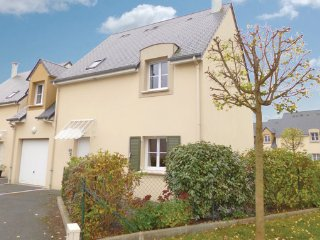 4 bedroom Villa in Port-en-Bessin, Calvados, France : ref 2221916, Port-en-Bessin-Huppain