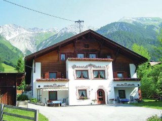 2 bedroom Apartment in Pettneu/Arlberg, Tirol, Austria : ref 2224933, Pettneu am Arlberg