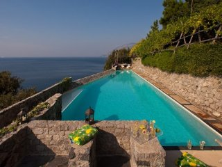 7 bedroom Villa in Maiori, Amalfi Area, Amalfi Coast, Italy : ref 2230194