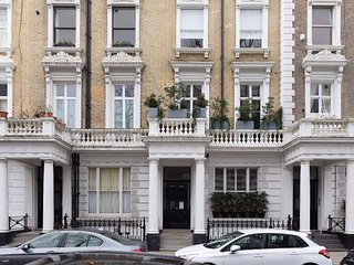 Fashionable 2 Bedroom Apartment in Notting Hill