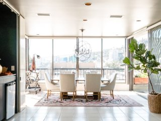 Magnificent 2 Bedroom Penthouse in West Hollywood, Los Angeles