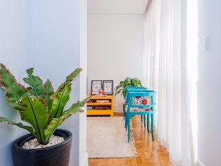 Bright & Cozy 2 Bedroom Apartment in Jardins