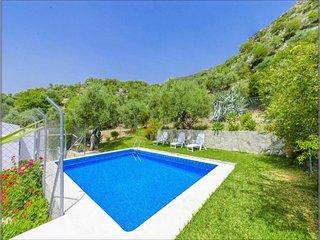 Villa in Algodonales - 104243