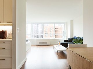 Contemporary Studio in the Upper East Side