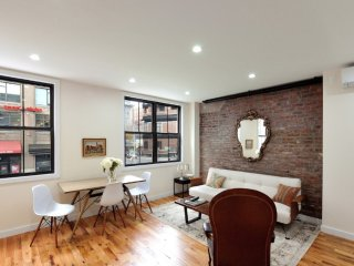 Spacious 2 Bedroom Apartment in the West Village