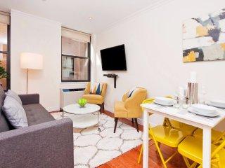 Modern 1 Bedroom Apartment in Midtown West, Nueva York