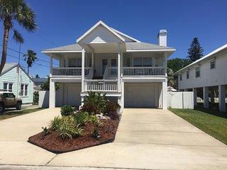 Key West Style House - Paradise Awaits!