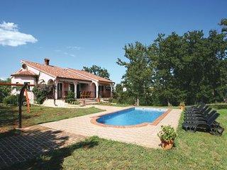 3 bedroom Villa in Duga Uvala-Kavran, Duga Uvala, Croatia : ref 2238409