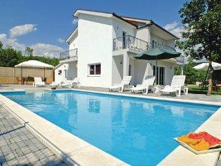 4 bedroom Villa in Makarska-Glavina Gornja, Makarska, Croatia : ref 2238511, Imotski