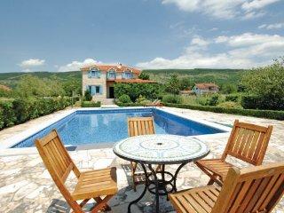 4 bedroom Villa in Makarska-Prolozac Donji, Makarska, Croatia : ref 2238616