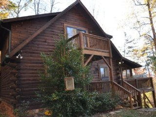 Whispering Woods Cabin - Large Log Rental in the Trees Wood Burning Fireplace