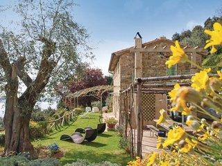 3 bedroom Villa in Viareggio, Versilia, Italy : ref 2239435, Massaciuccoli