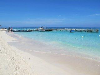 Coral Sands #1 Beach Front Condo