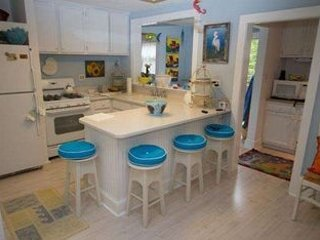 Cozy Country Cottage At The Beach 134360, Cape May