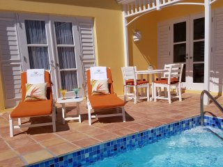 Bird of Paradise - Private Pool Upscale Villa