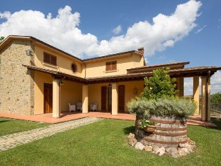 4 bedroom Apartment in Arezzo, Toscana, Italy : ref 2244394