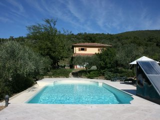 3 bedroom Villa in Cortona, TUSCANY, Italy : ref 2244502