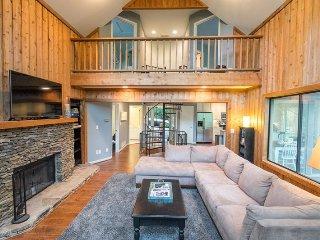 Lake Pettit Lodge Luxury Rental Home in Big Canoe Resort