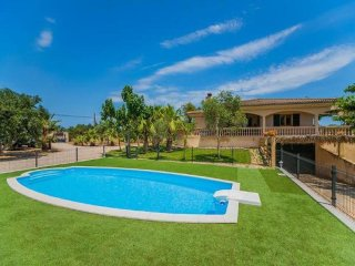 4 bedroom Villa in Can Picafort, Mallorca, Mallorca : ref 2249735