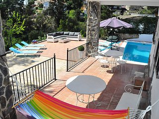 4 bedroom Villa with Pool and WiFi - 5698273