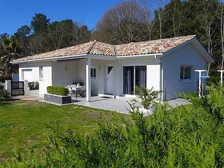 3 bedroom Villa in Hossegor-Tosse, Les Landes, France : ref 2253255