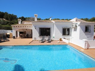 Aire - holiday home with private swimming pool in Moraira