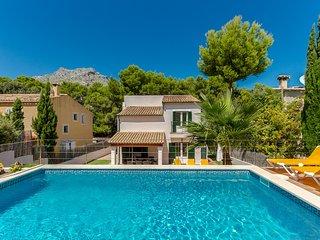 Villa c/ piscina, gran ubicación! Ref. 186760