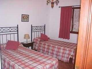 Bonito Apartamento En Cala Blanca En Planta Baja