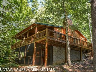 PAPA BEAR`S DEN- 3 BEDROOM 3 BATH CABIN IN THE BEAUTIFUL ASKA ADVENTURE AREA