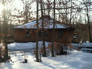 Cedar Haus - 873 Sand Run Road